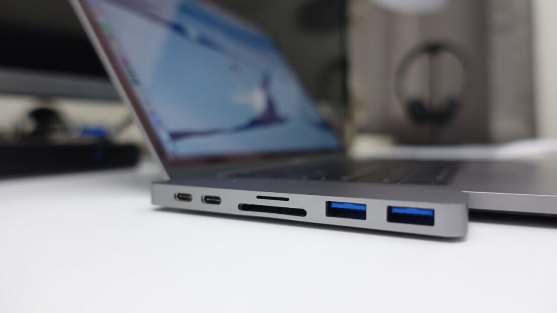MacBook Pros get third party dock and clever USB-C adapter to put your dongle troubles to rest