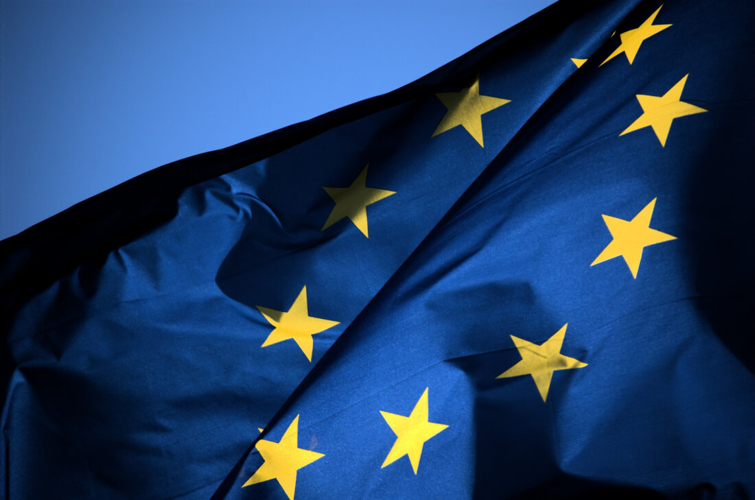 EU agrees on final details to end all wireless roaming charges