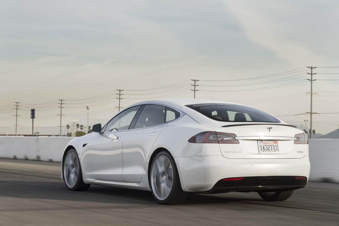 Tesla Model S P100D sets new production car acceleration