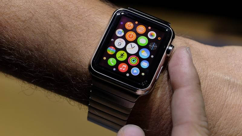 Driver caught looking at Apple Watch fined for distracted driving