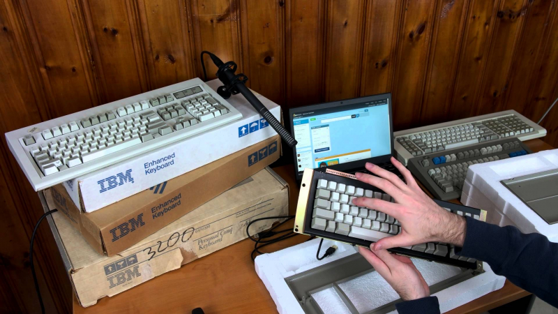 Weekend tech reading: IBM Model F keyboard is back, DIY remote PC starter, DRM for the web?