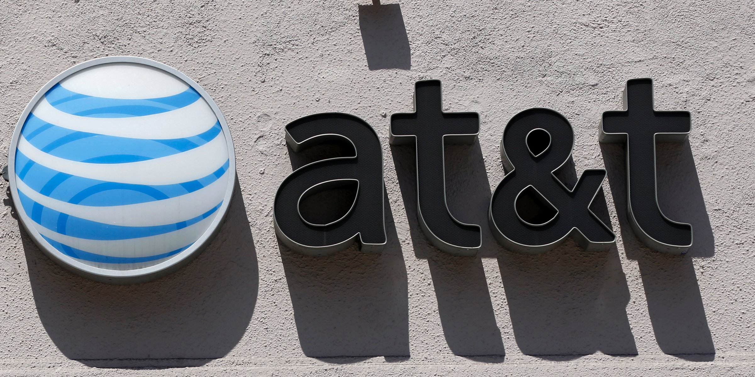 Net neutrality: Is AT&T trying to trick people into supporting the repeal of Title II?