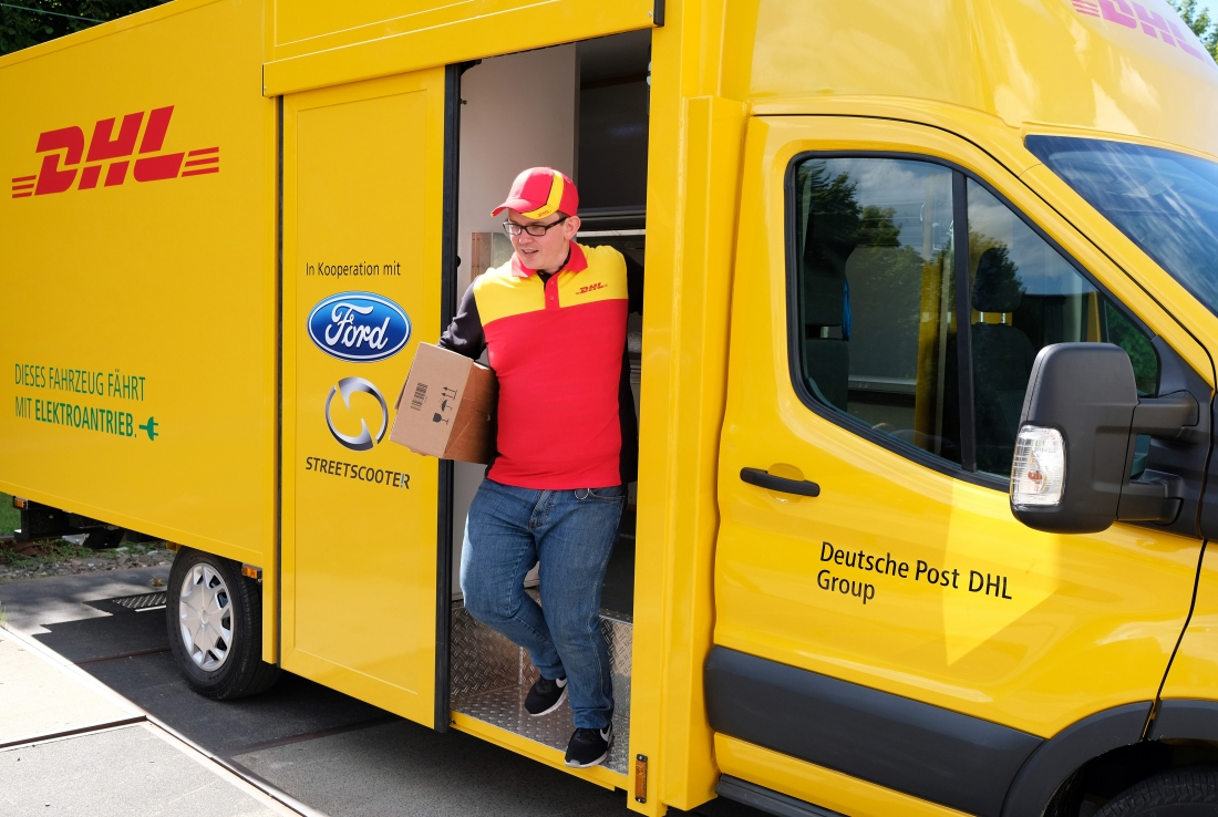 Ford And DHL Show Off Electric Delivery Van TechSpot - Ramp ford car show