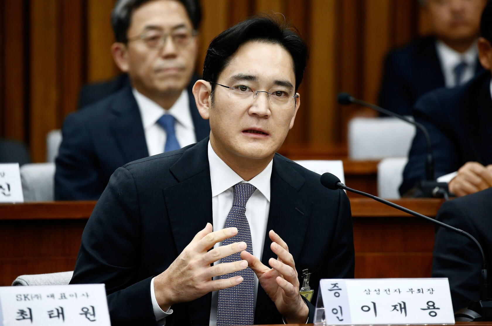Samsung heir Lee Jae-yong sentenced to five years in prison for corruption