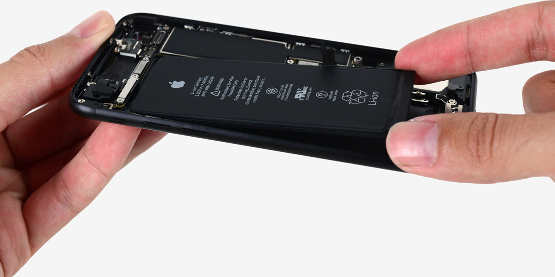 iPhone 8 and 8 Plus have smaller batteries than last year's models