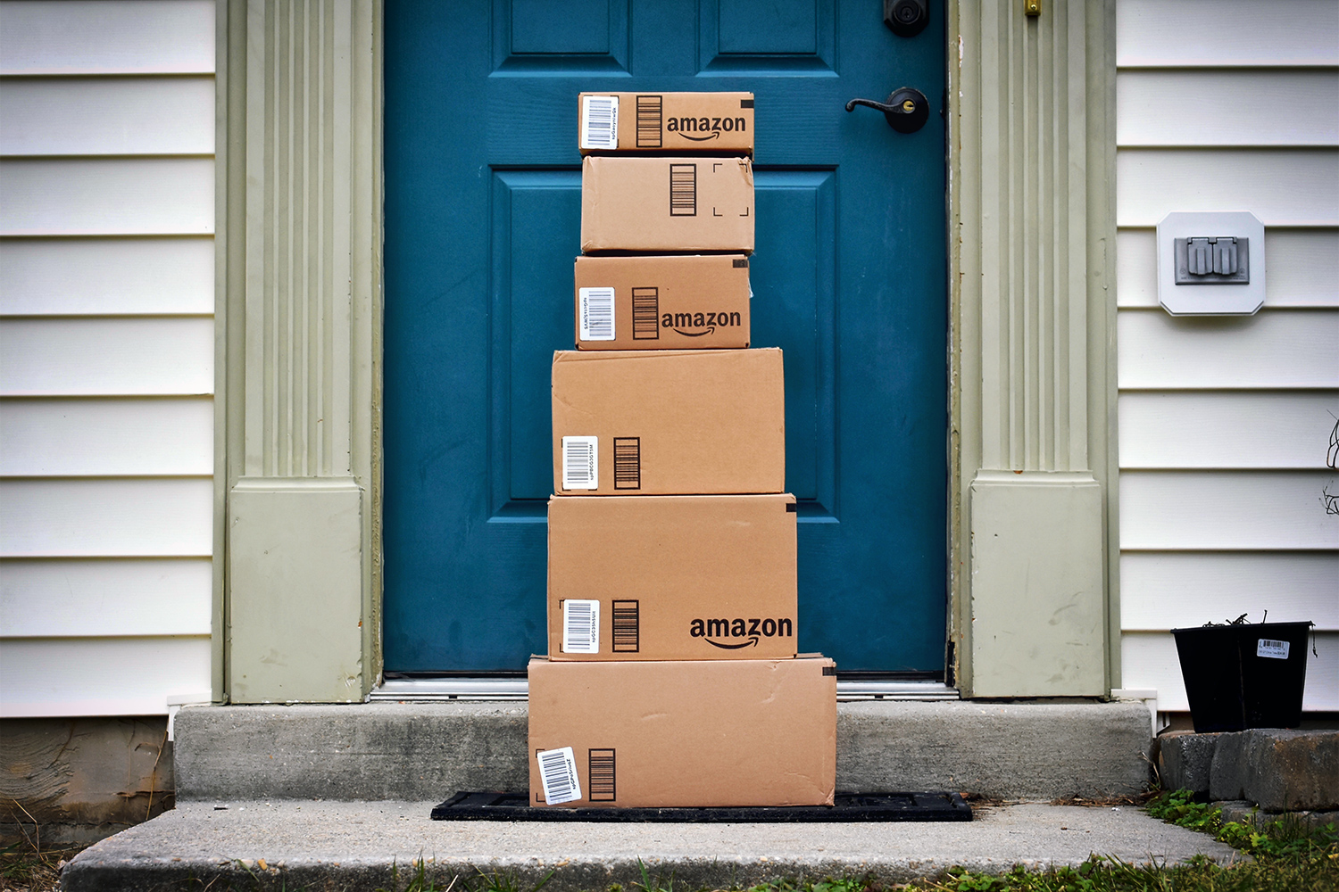 Amazon is photographing deliveries to show where they've been left