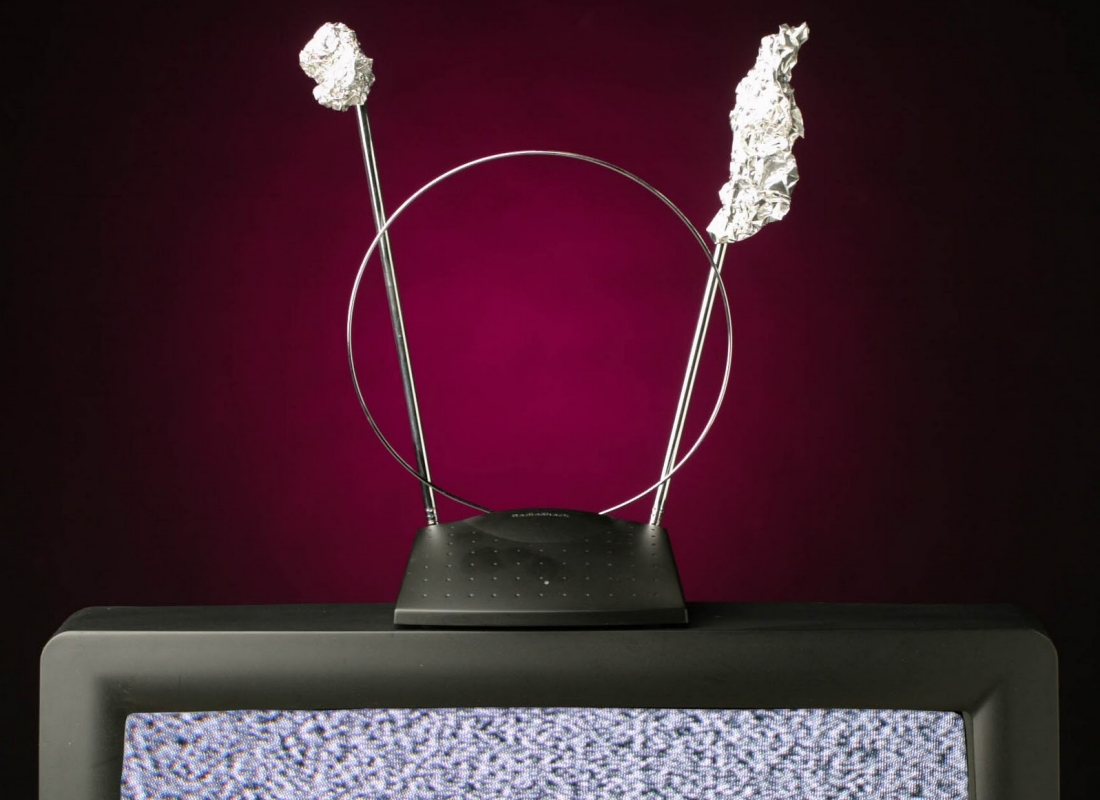 Aluminum foil can increase the range and security of your Wi-Fi router