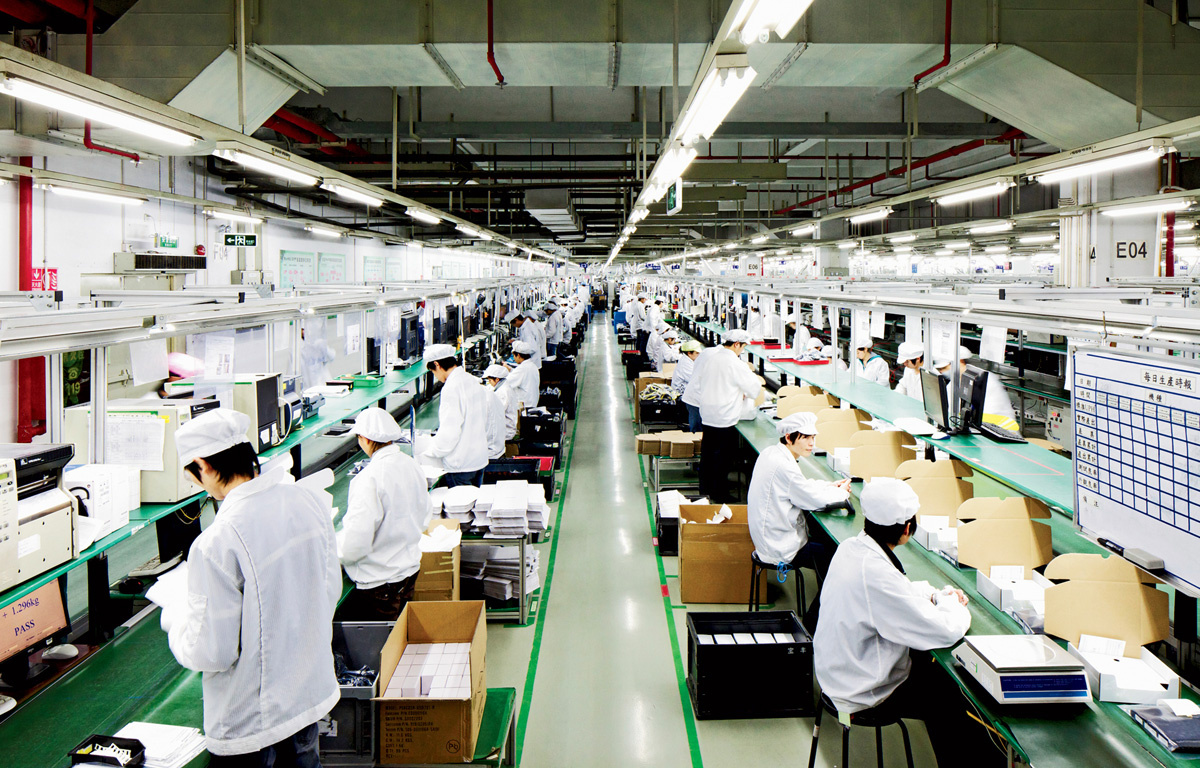 Apple's iPhone X assembled by 3000 interns doing forced overtime in China