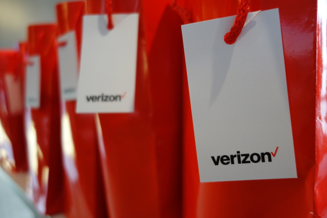 the first commercial launch on verizons roadmap will take place in sacramento california were told in the second half of 2018