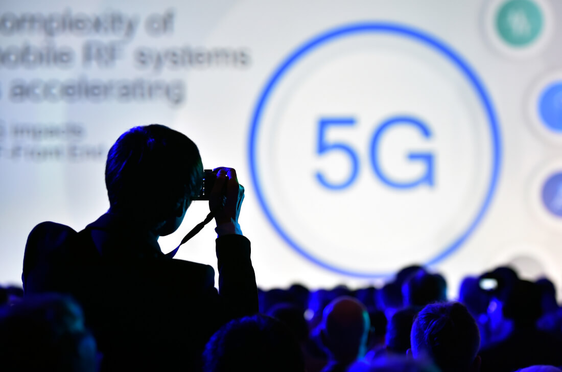 US Looks At Nationalizing 5G, Says Report; FCC Opposes