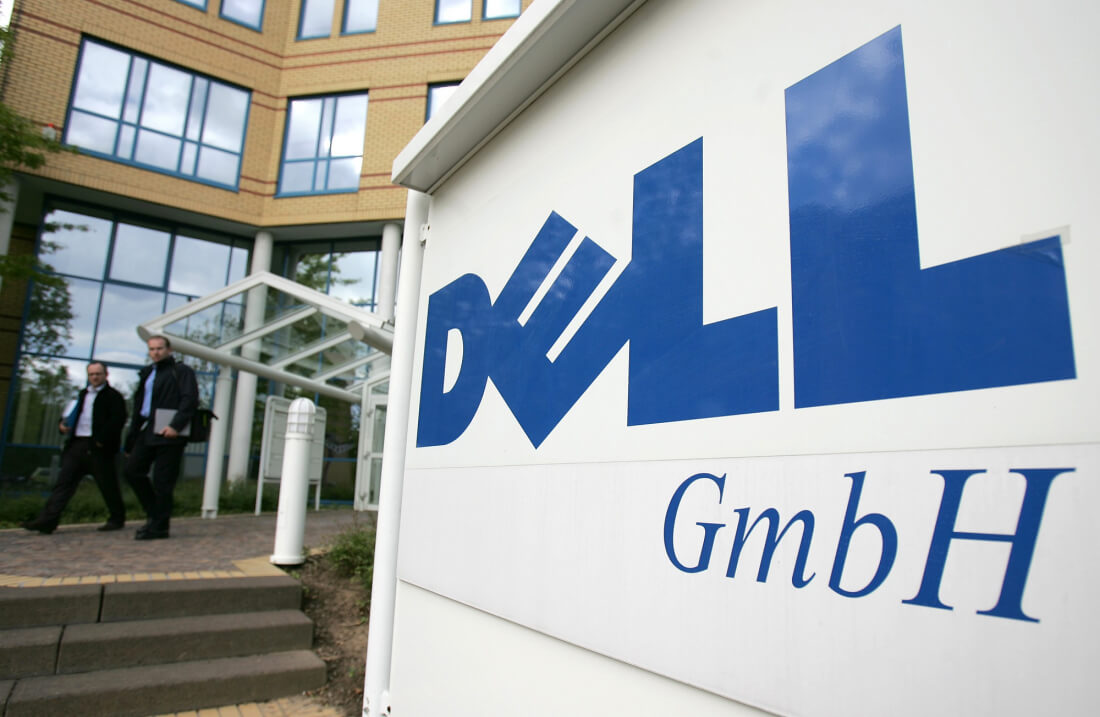 VMware could buy Dell in reverse merger; VMW -7.1%