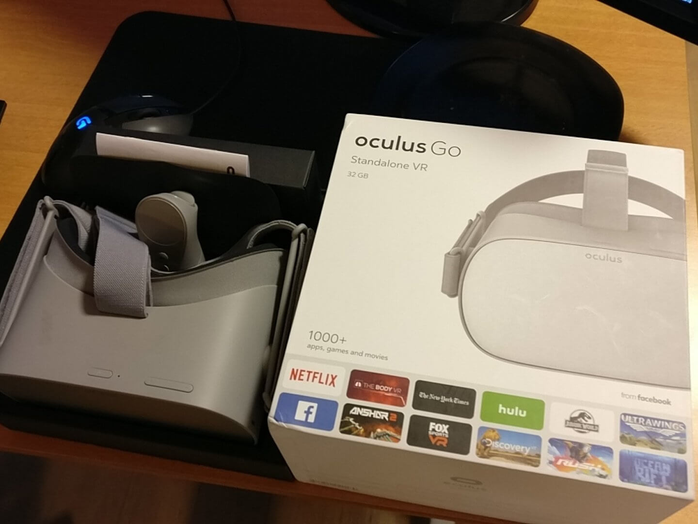 Leaked Oculus Go packaging suggests over 1,000 VR apps and