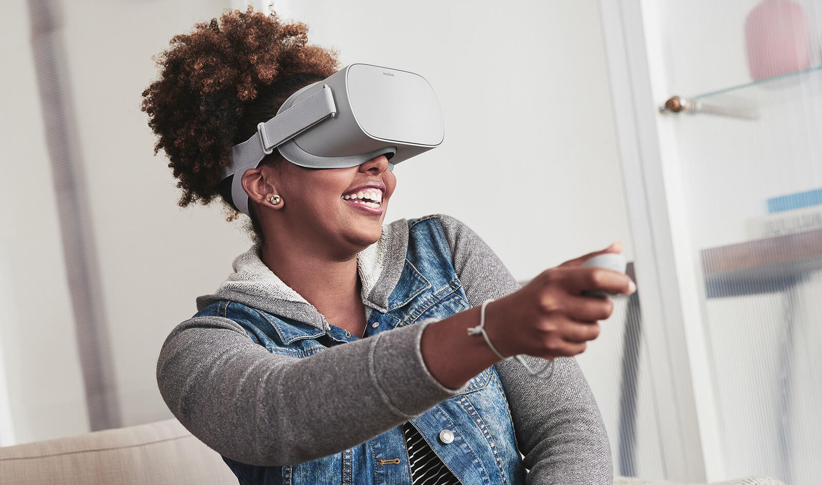 Leaked Oculus Go packaging suggests over 1,000 VR apps and movies will be available at launch