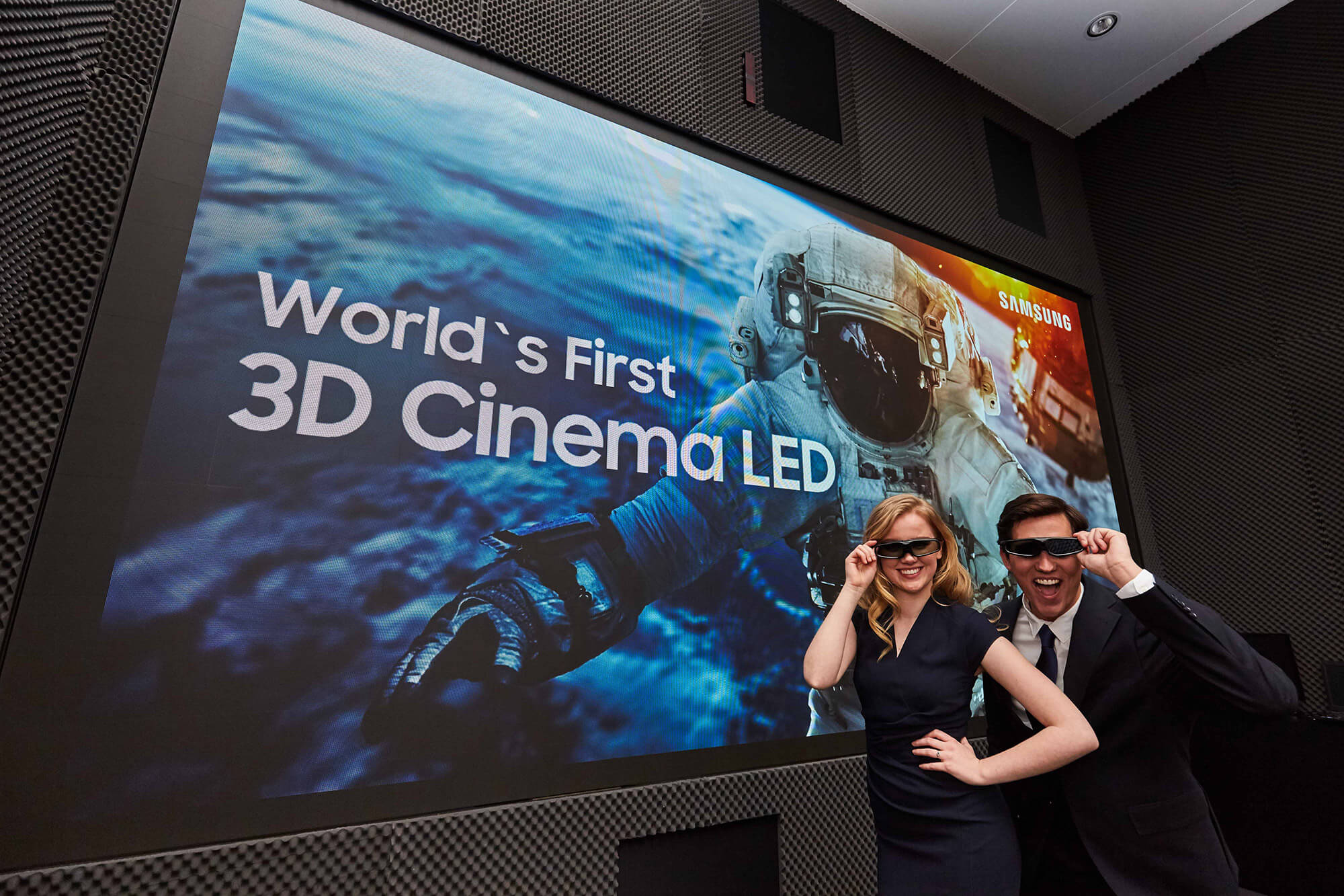 Samsung introduces The Wall Professional and 3D LED Cinema