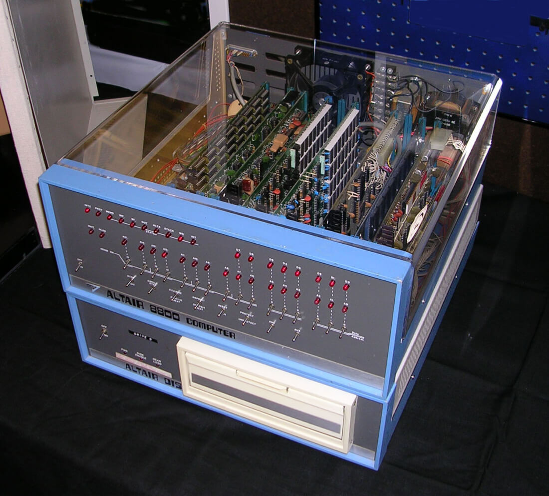 Weekend tech reading: Build your own Altair 8800, 46% of last year's ICOs have failed already