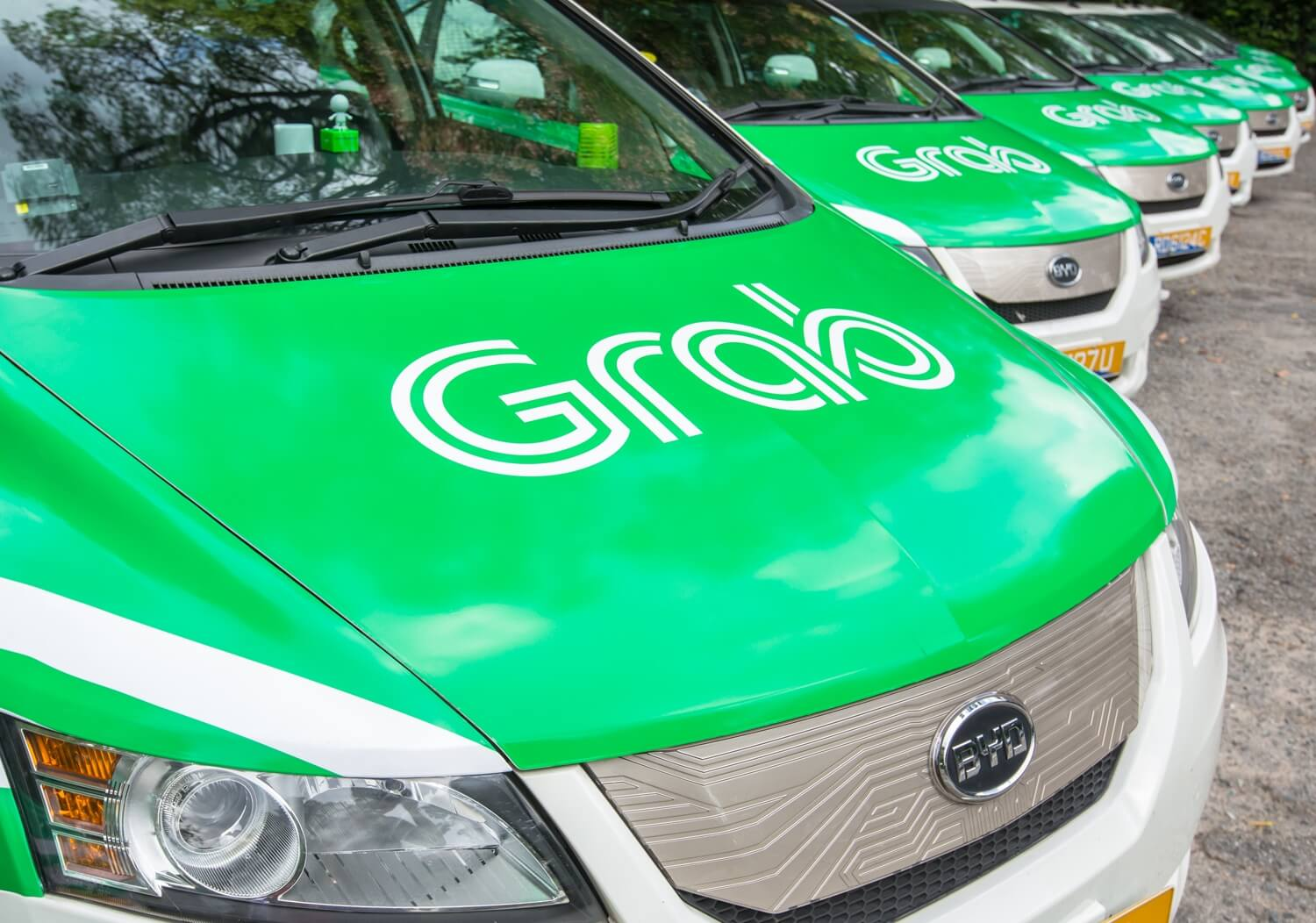 Grab buys Uber's Southeast Asian business following difficult competition