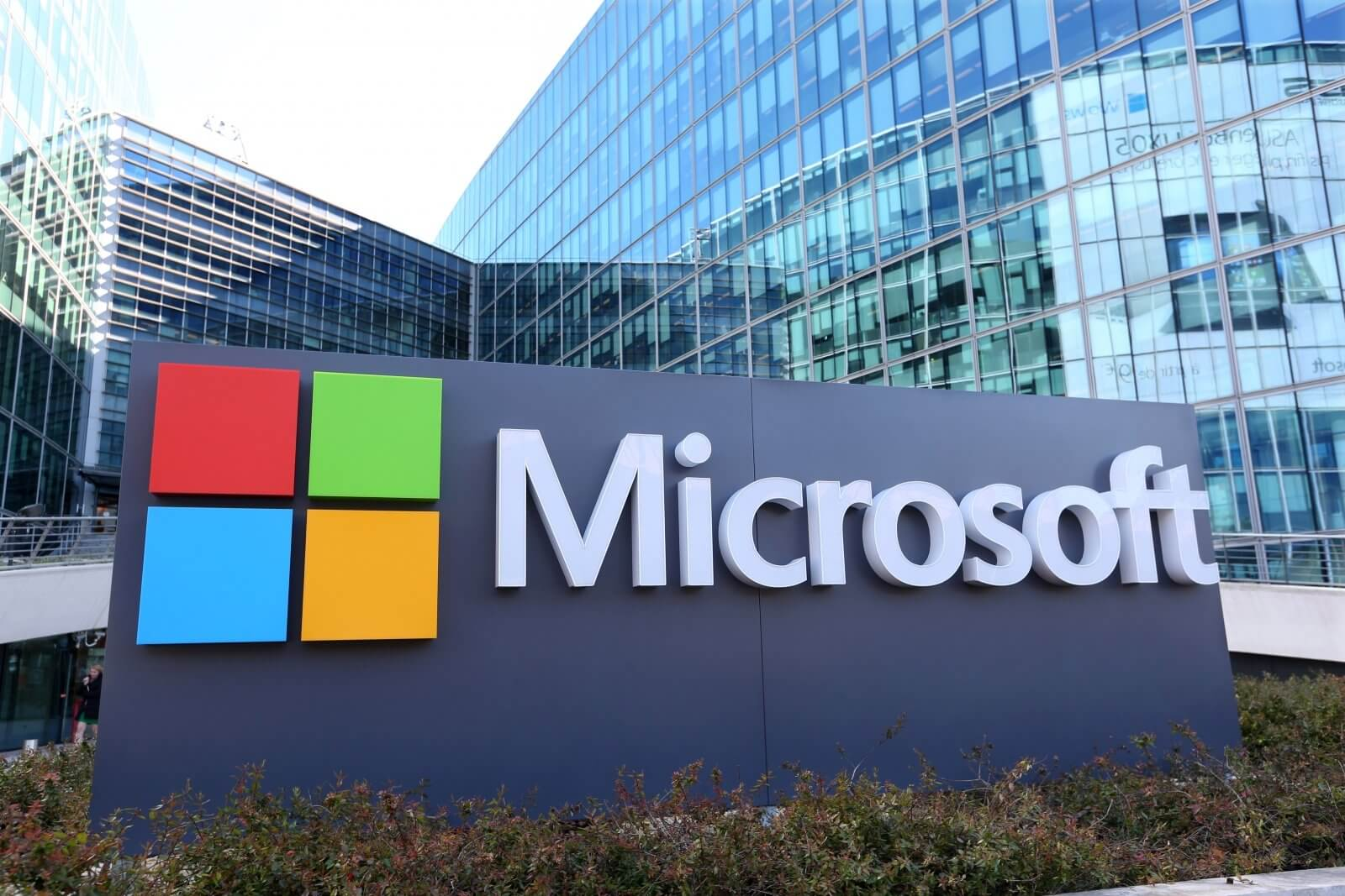 Microsoft affirms joint venture partners will retain their own intellectual property