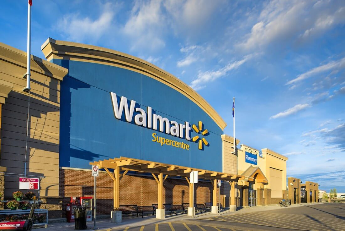 Walmart Inc. (NYSE:WMT) Buckles Under The Trend Lines