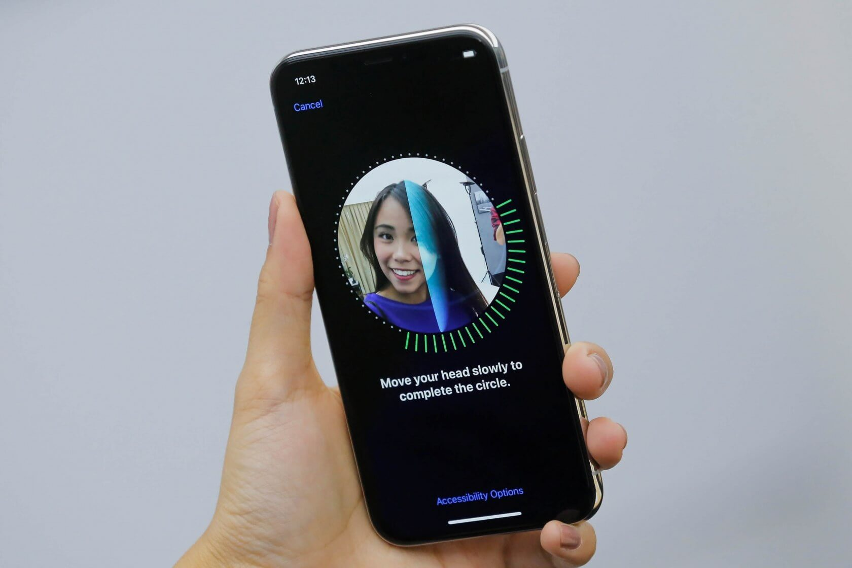 Apple memo indicates iPhone X is having some issues with Face ID