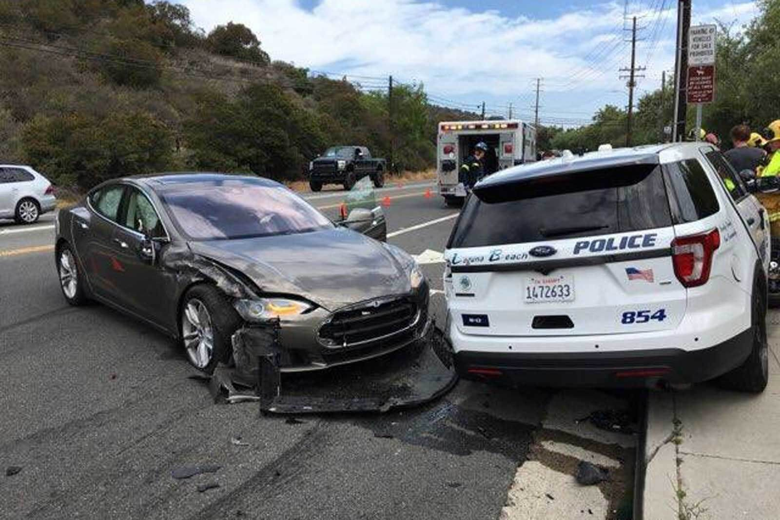 Tesla Model S hits police SUV while in Autopilot mode