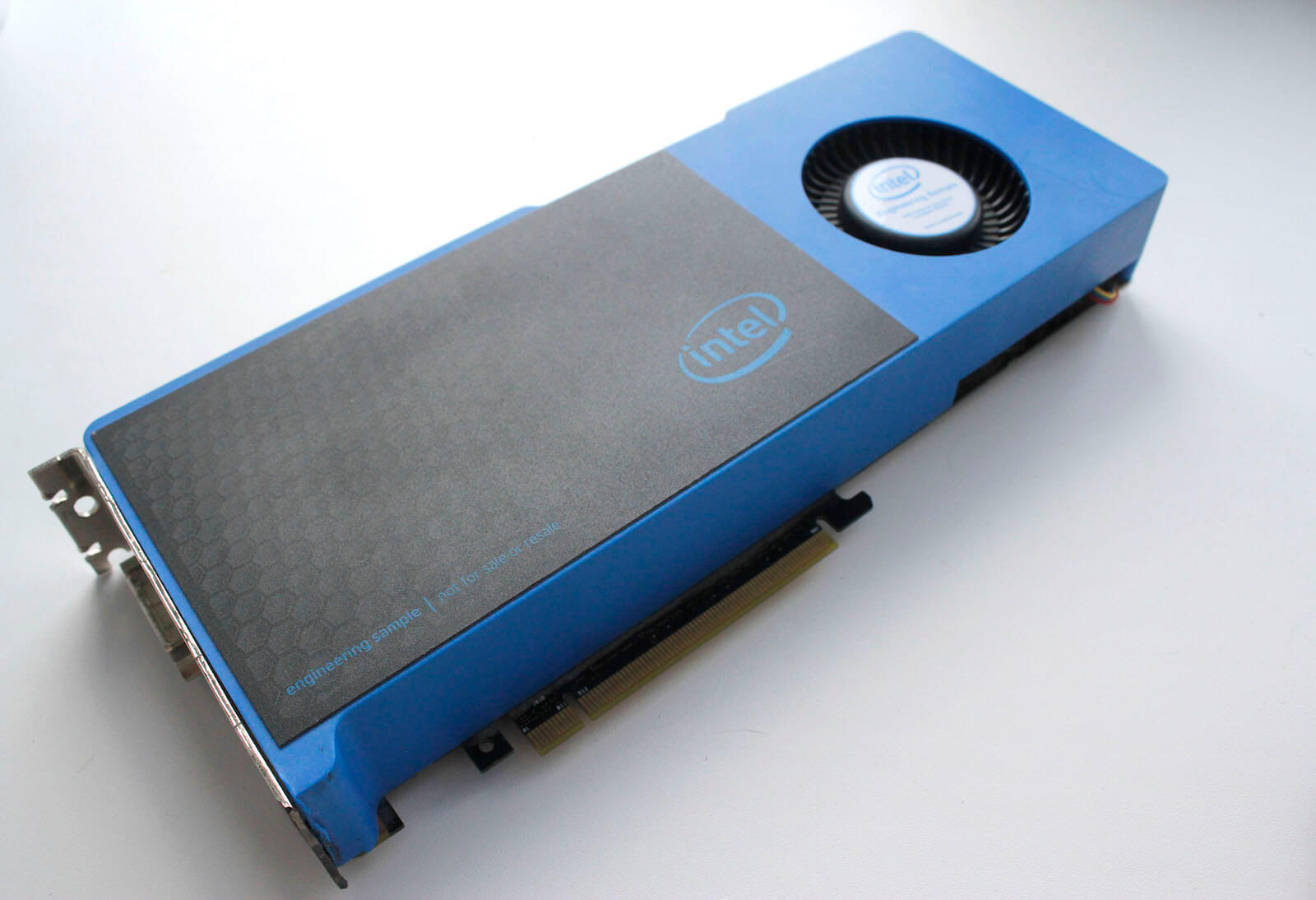 Intel: Expect our first discrete GPUs by 2020