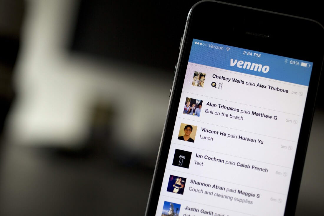 Venmo is launching a physical, Mastercard-branded debit card with 'contactless' payment functionality