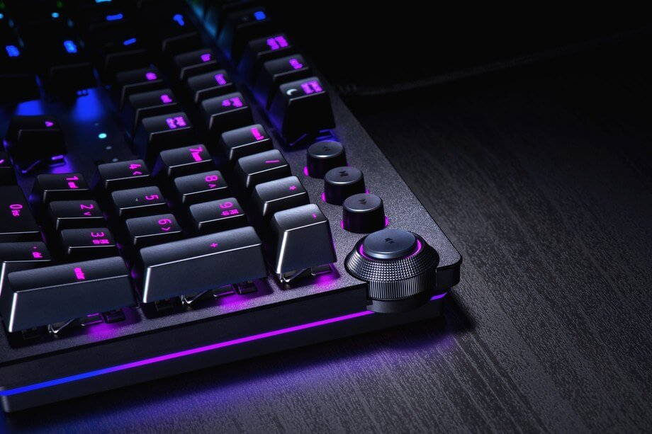 Razer introduces 'opto-mechanical,' IR laser-based switches