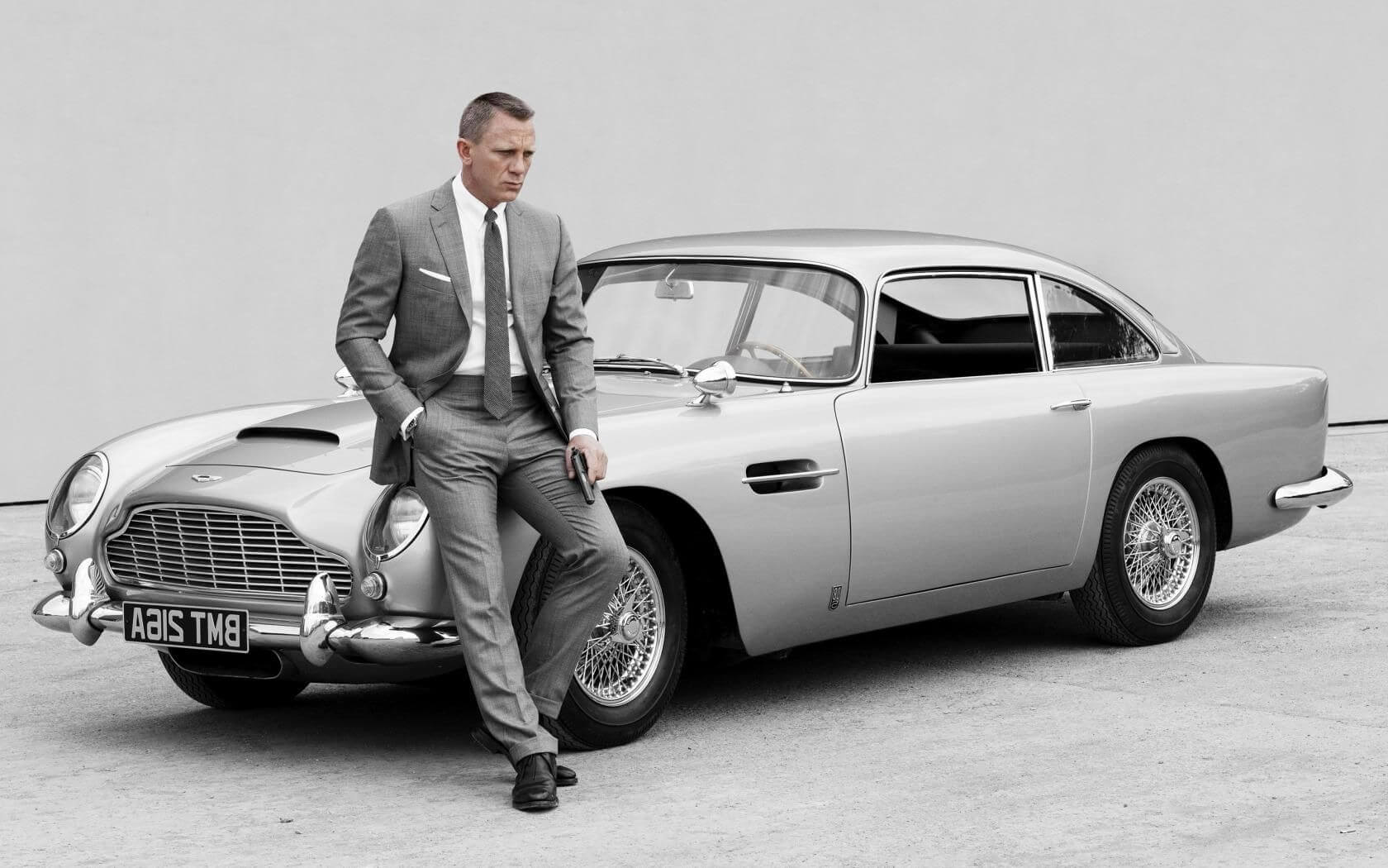 aston martin is rebuilding james bond's goldfinger db5 - techspot
