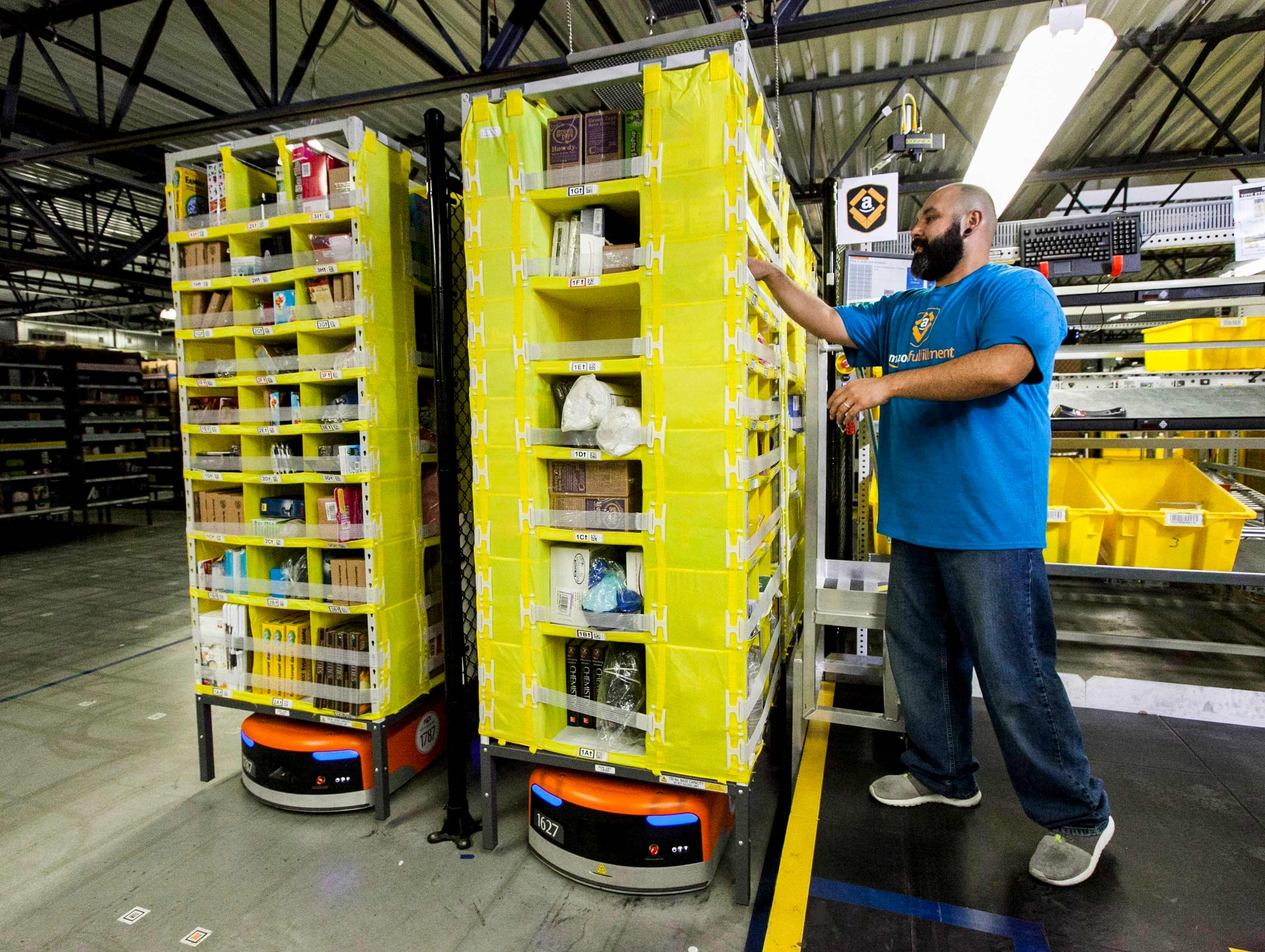 Amazon wants to make working in its warehouses less tedious by turning it into a game