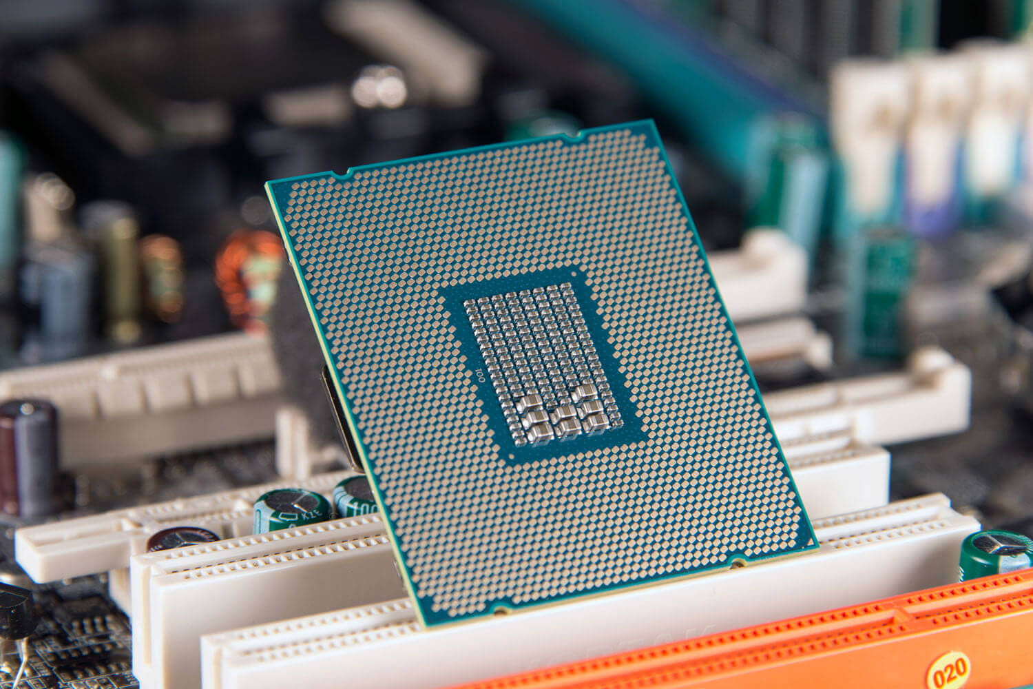 Intel Core i7-9700K tips up on Geekbench