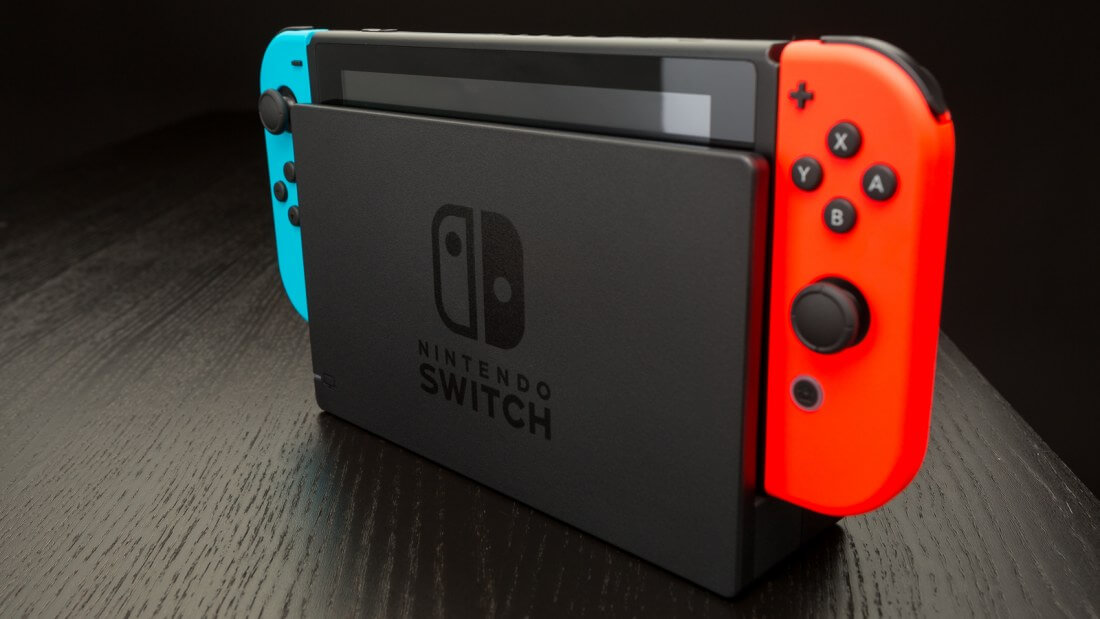 Nintendo Switch firmware update lets you download and play your games on multiple consoles