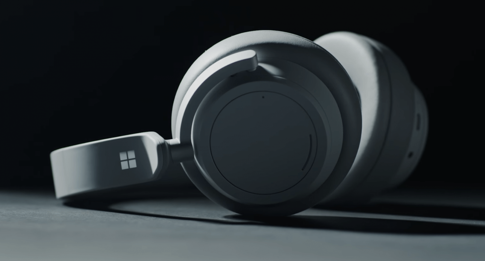 Microsoft's Surface Headphones are set to launch on November 19