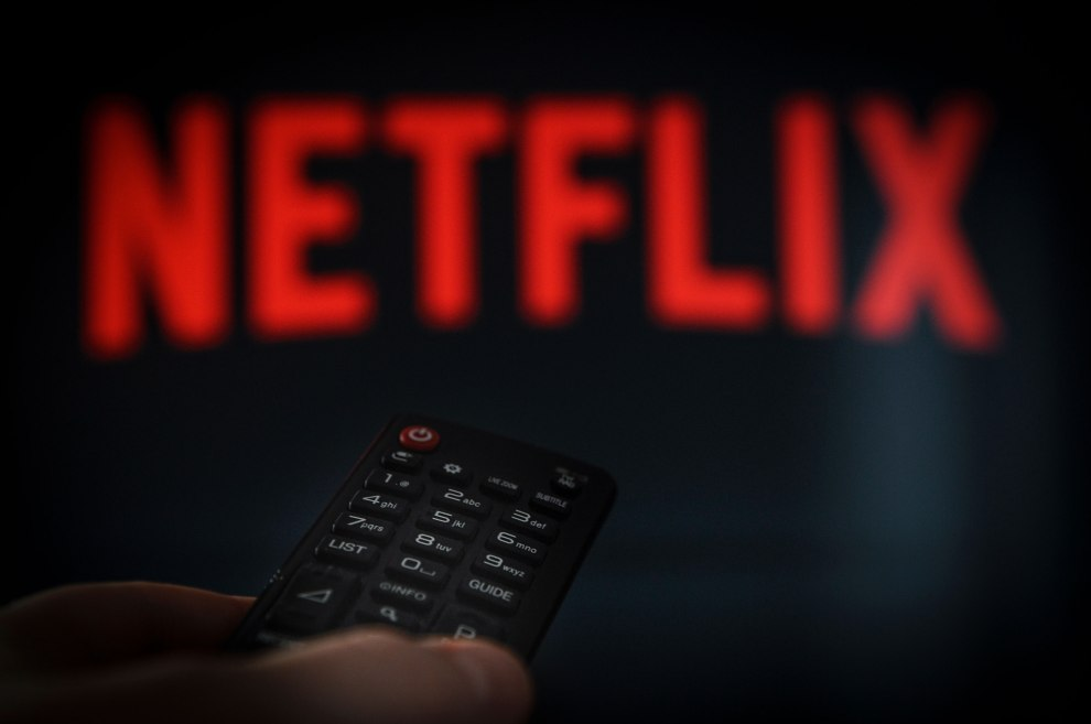 Netflix shares jump 6 percent on strong subscriber growth