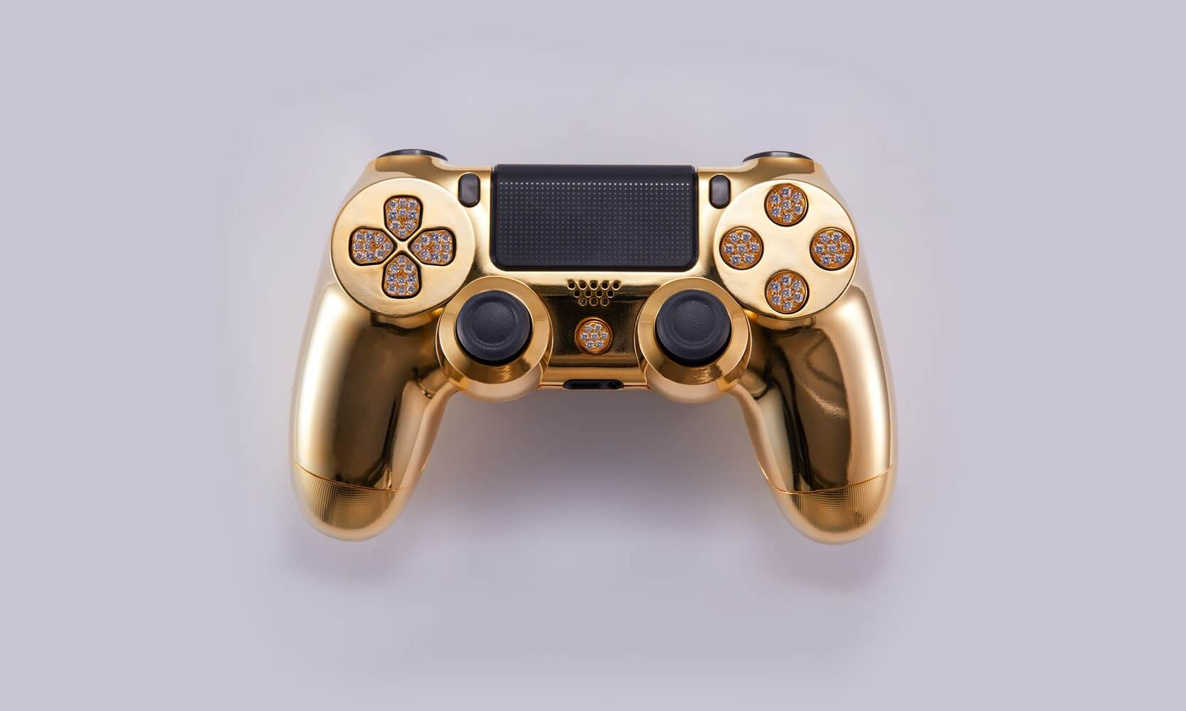 Want a more blingy PS4 controller? Check out this $14,000