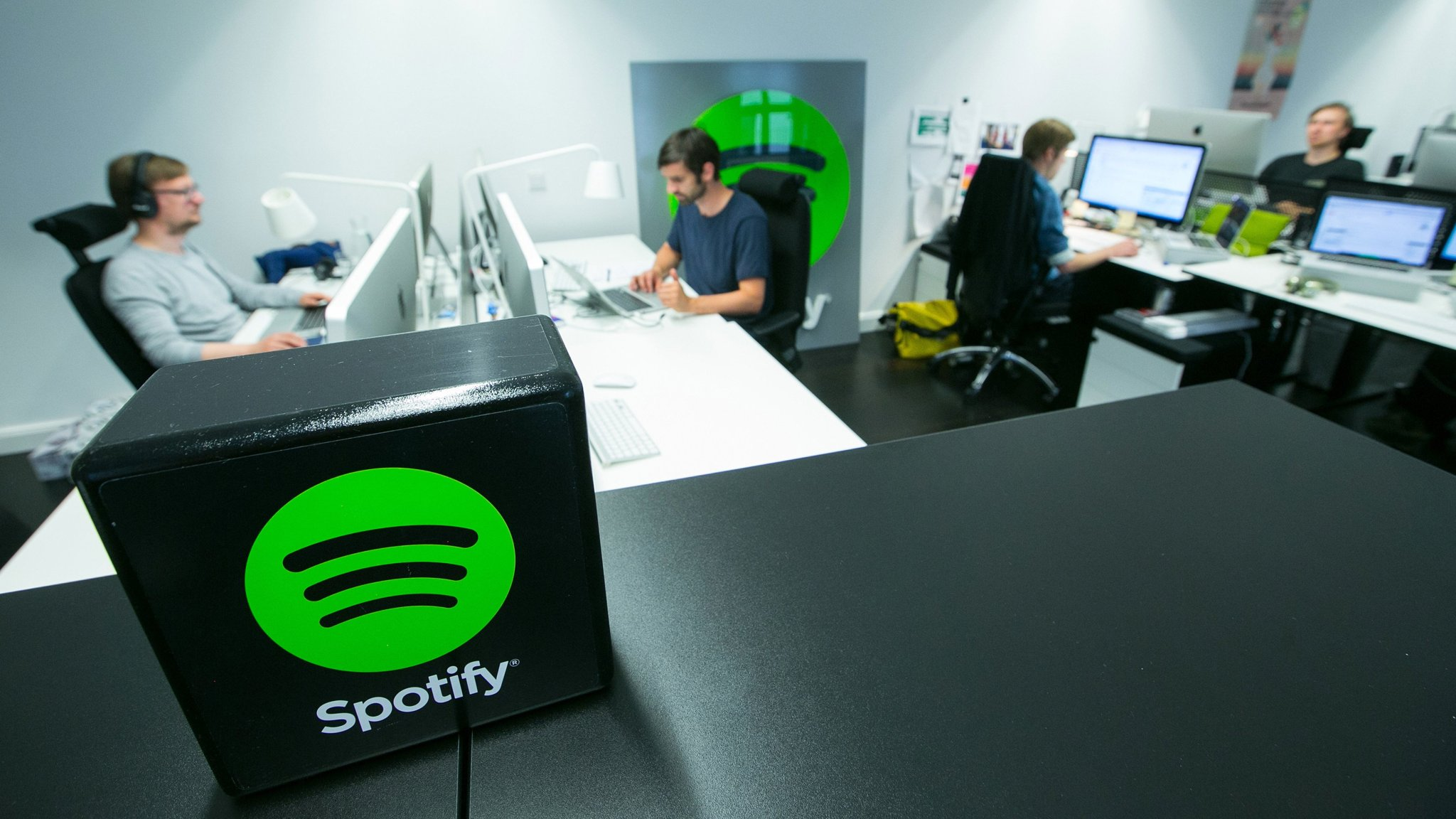 Spotify allows Free Tier streaming on Connect-enabled speakers