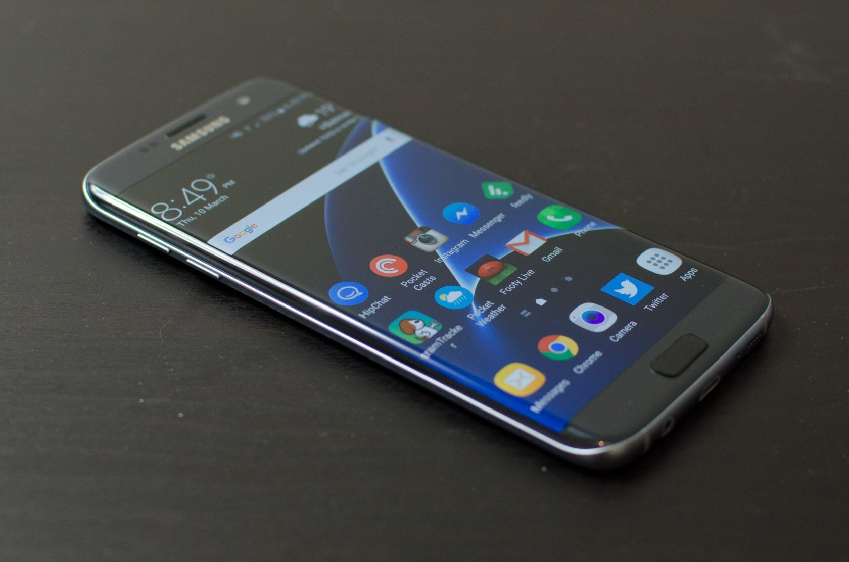 Samsung will reportedly implement a 14-day trial limit on free themes