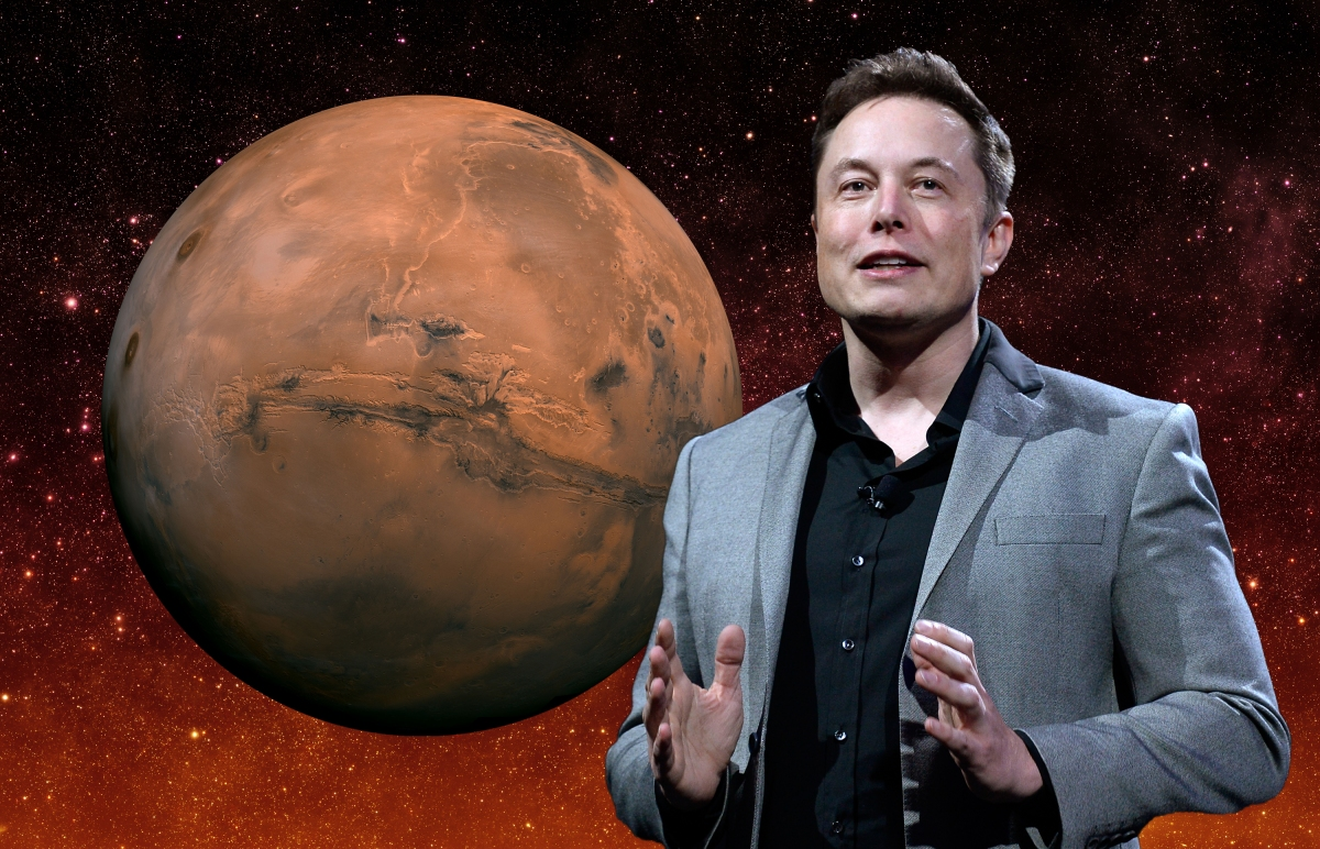 Elon Musk Says There's a 70% Chance He'll Move to Mars
