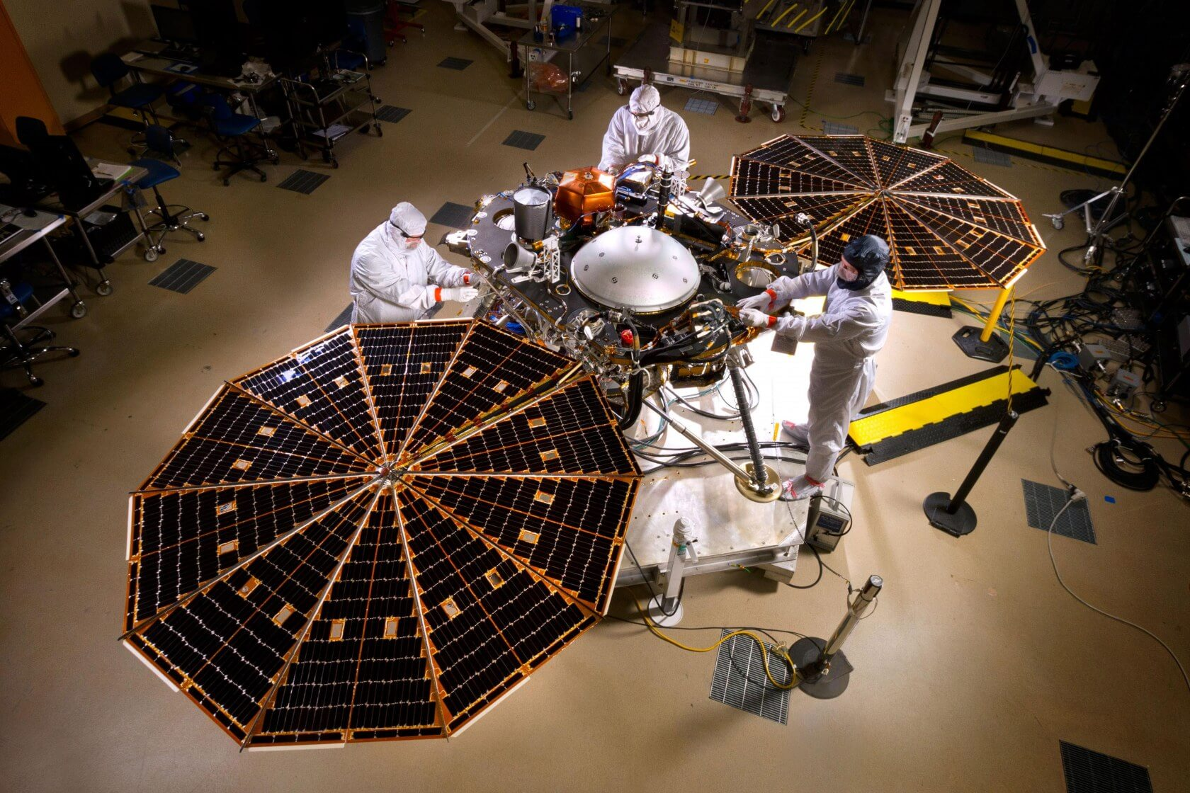 NASA Spacecraft Successfully Lands on Mars