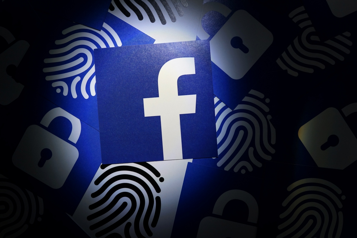 Facebook bug let apps access millions of unauthorized photos