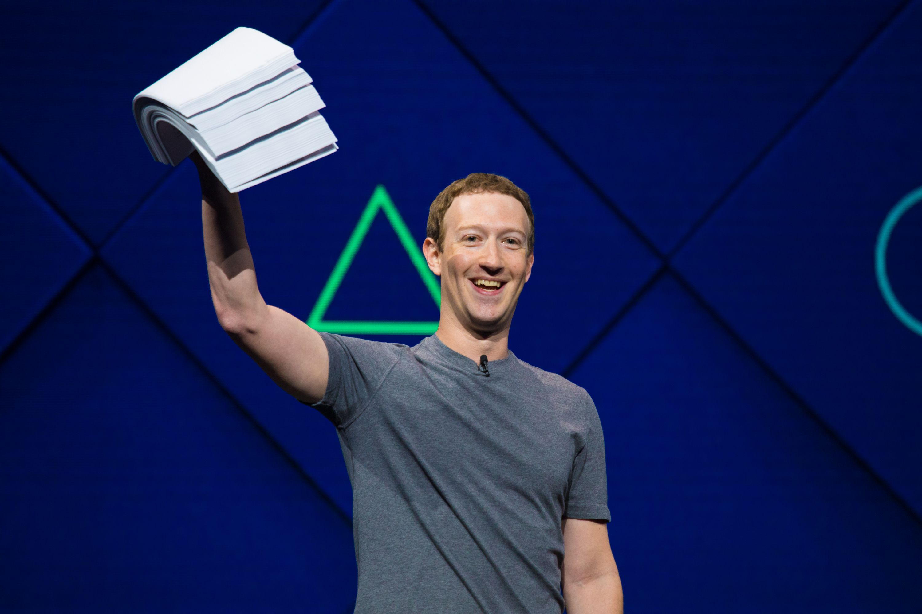 Mark Zuckerberg sees 'progress' for Facebook after tumultuous year