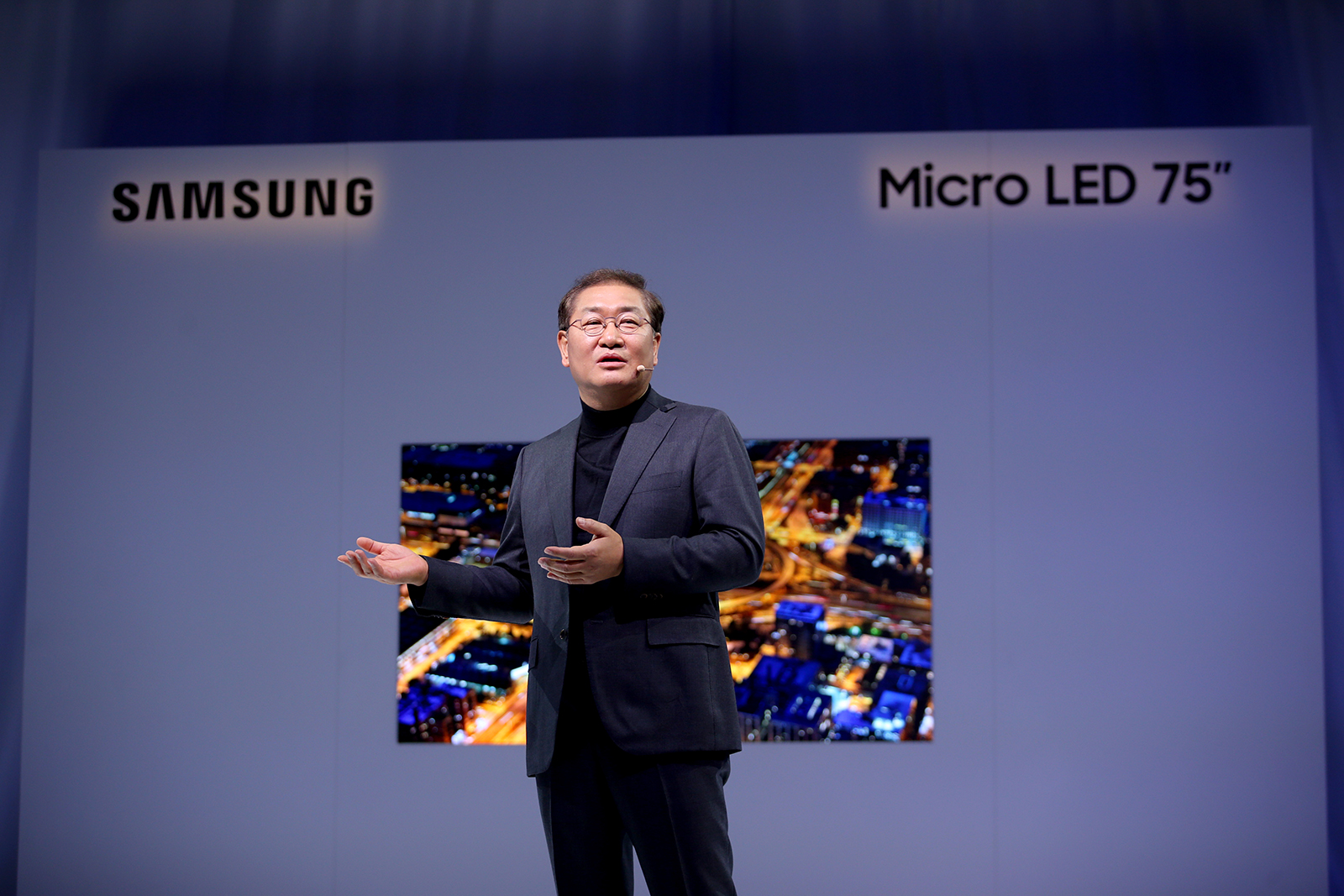 Samsung Unveils Living Room Friendly 75 Inch Micro Led Tv At Ces