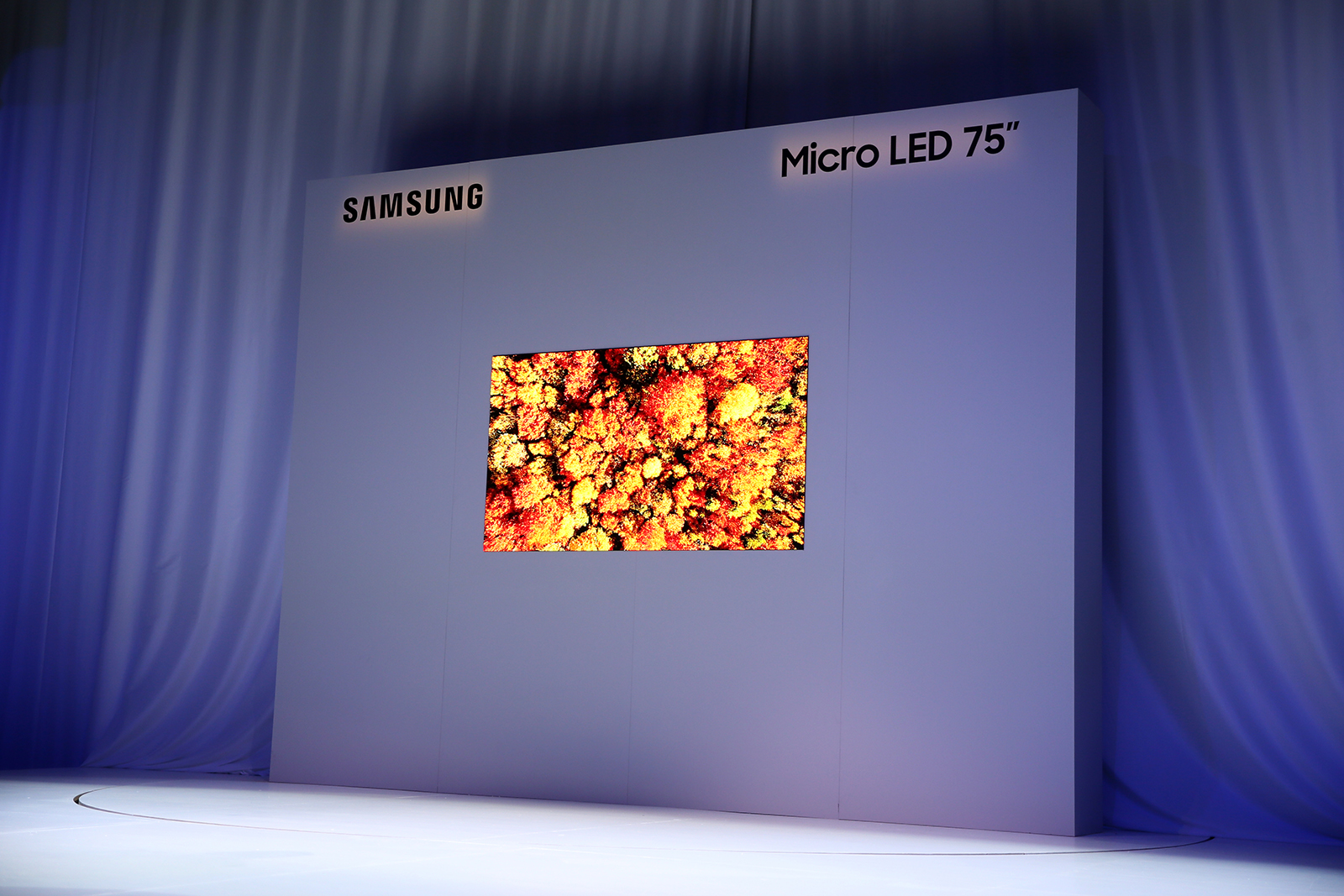 Samsung Unveils Living Room-friendly 75-inch Micro LED TV at CES