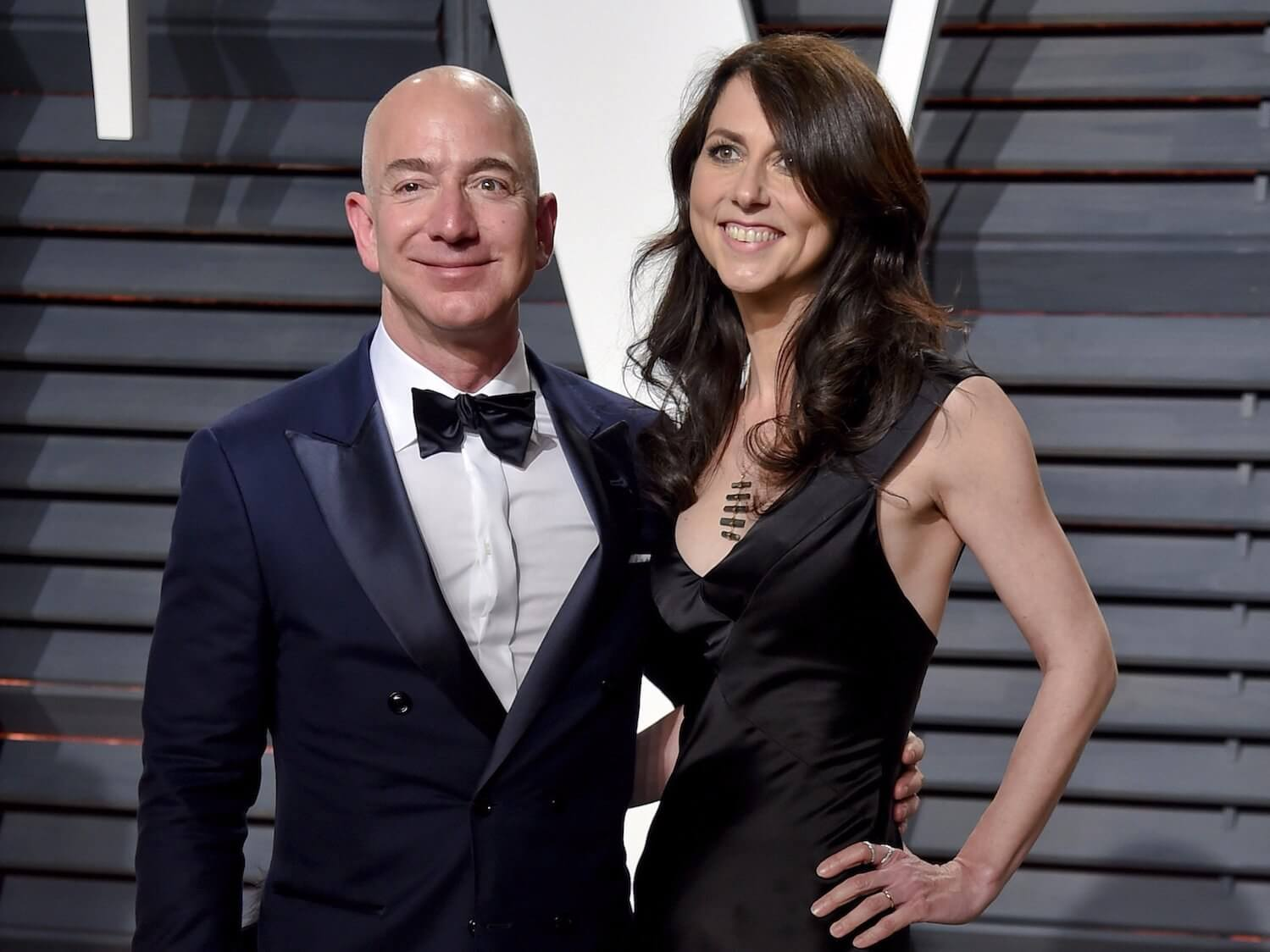 Jeff Bezos Could Hand Half his Amazon Shares to MacKenzie Bezos Following their Divorce