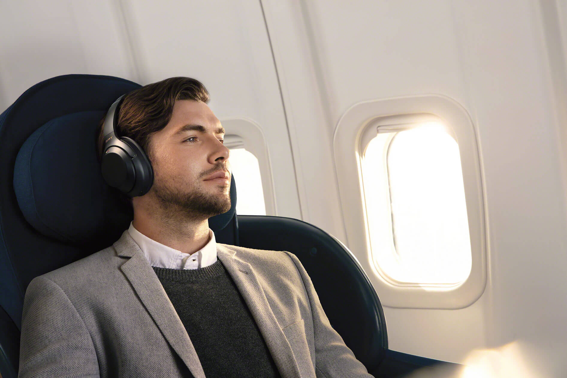 Apple Music, American Airlines to offer free streaming on flights