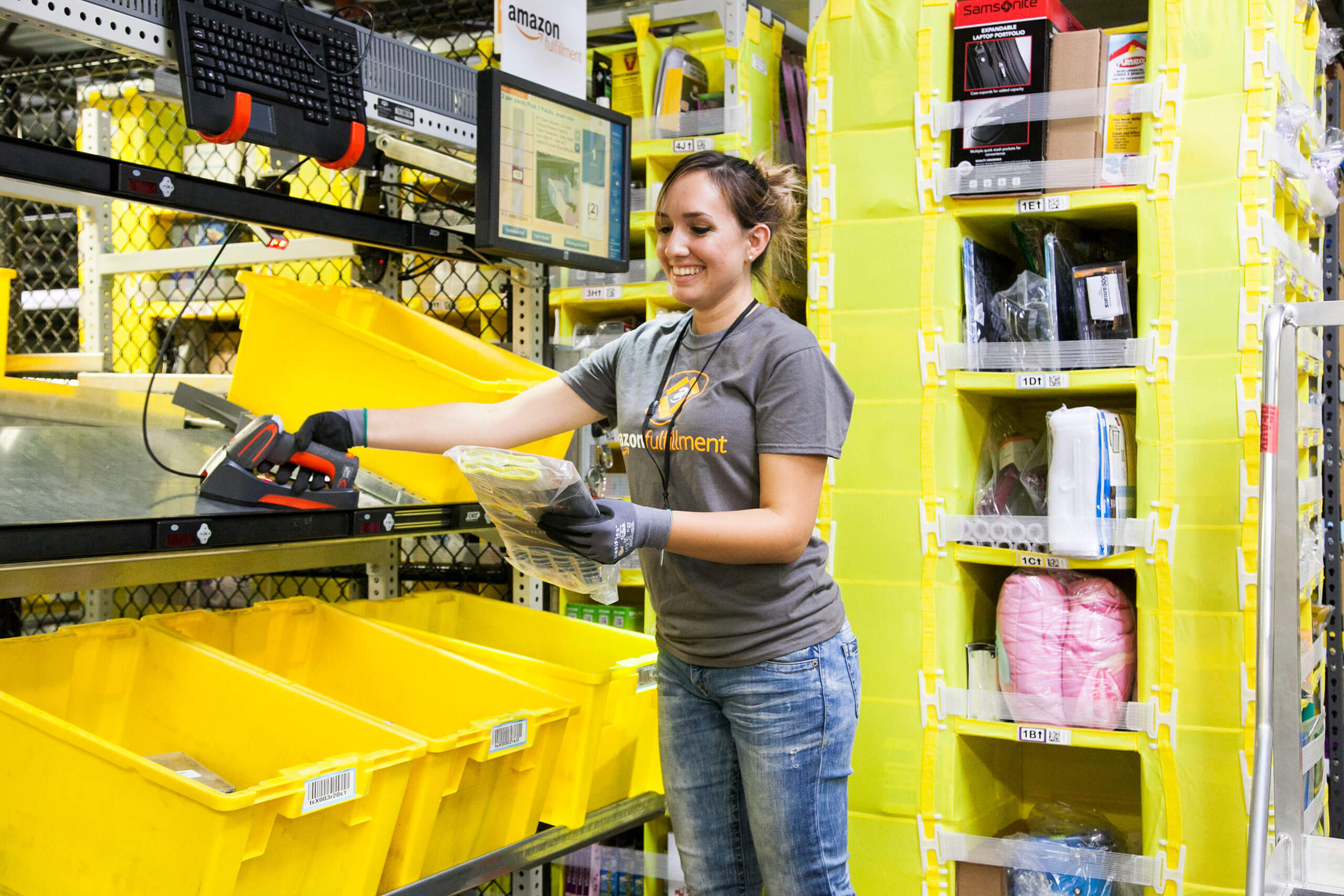 Amazon's minimum wage hike attracted a record number of job applications