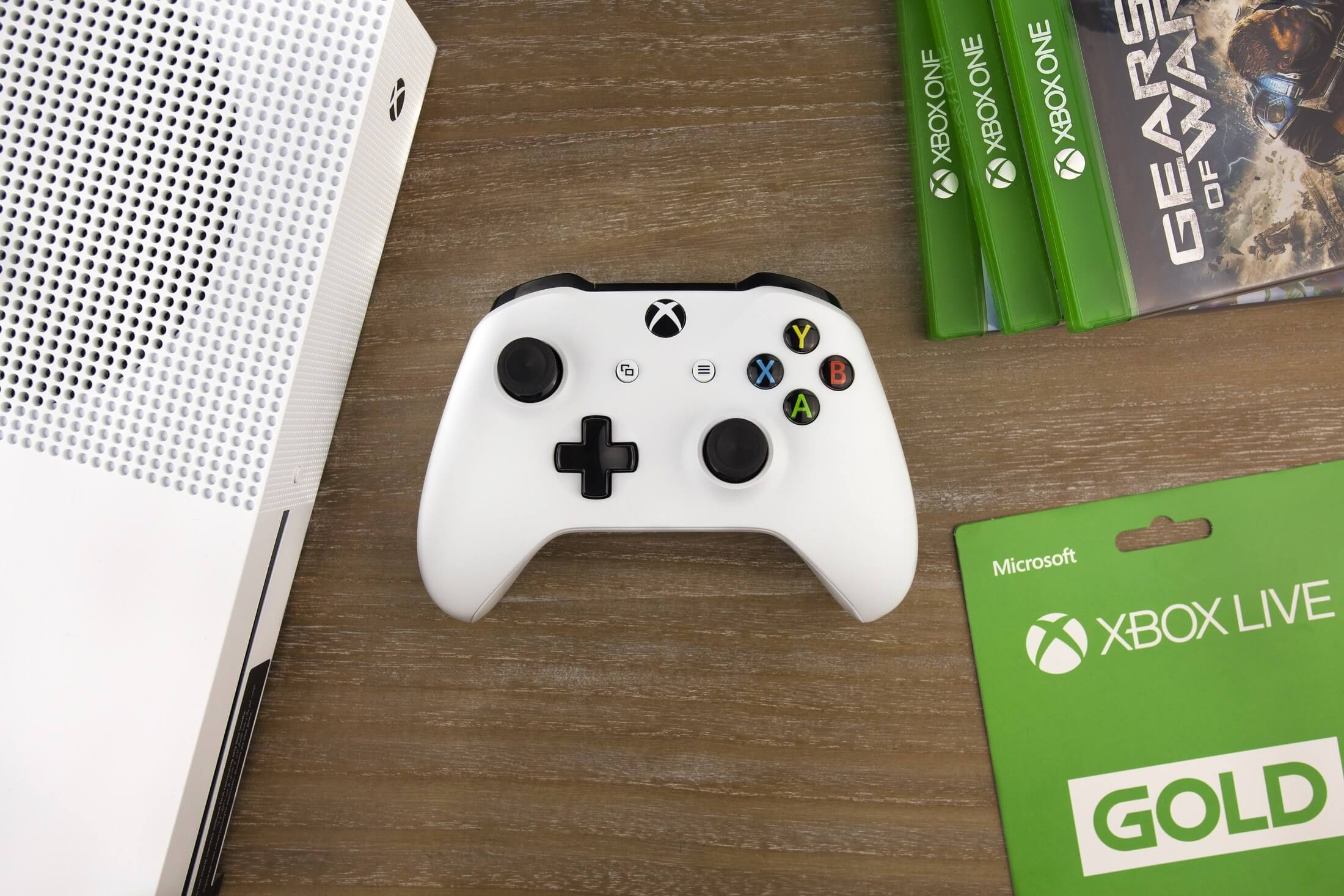Microsoft is working to expand cross-platform play on iOS, Android