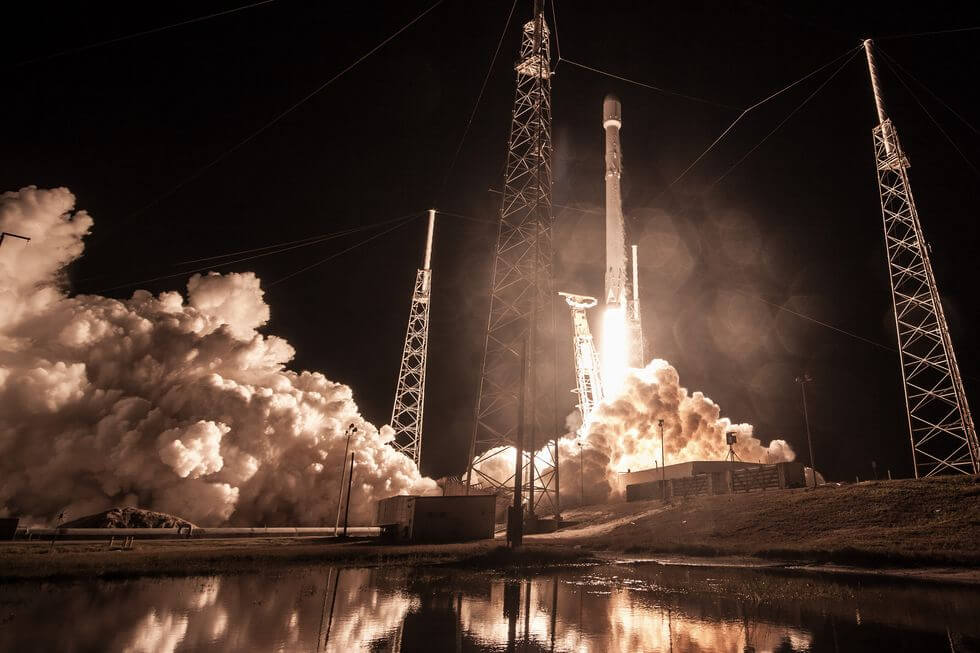 SpaceX requests FCC permission to operate 1m 'earth stations'