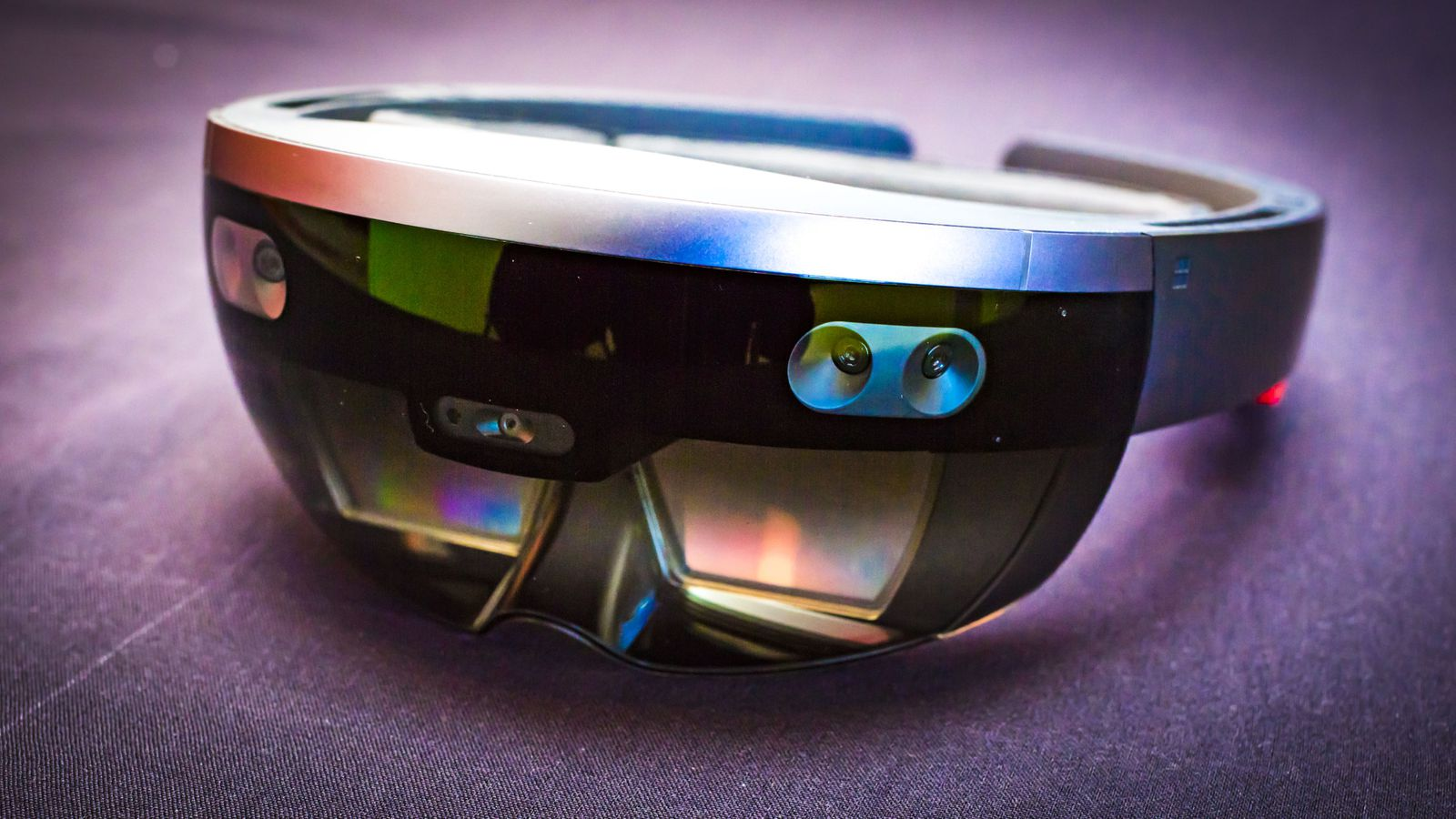 Microsoft gears up for Mobile World Congress with a new HoloLens 2 teaser
