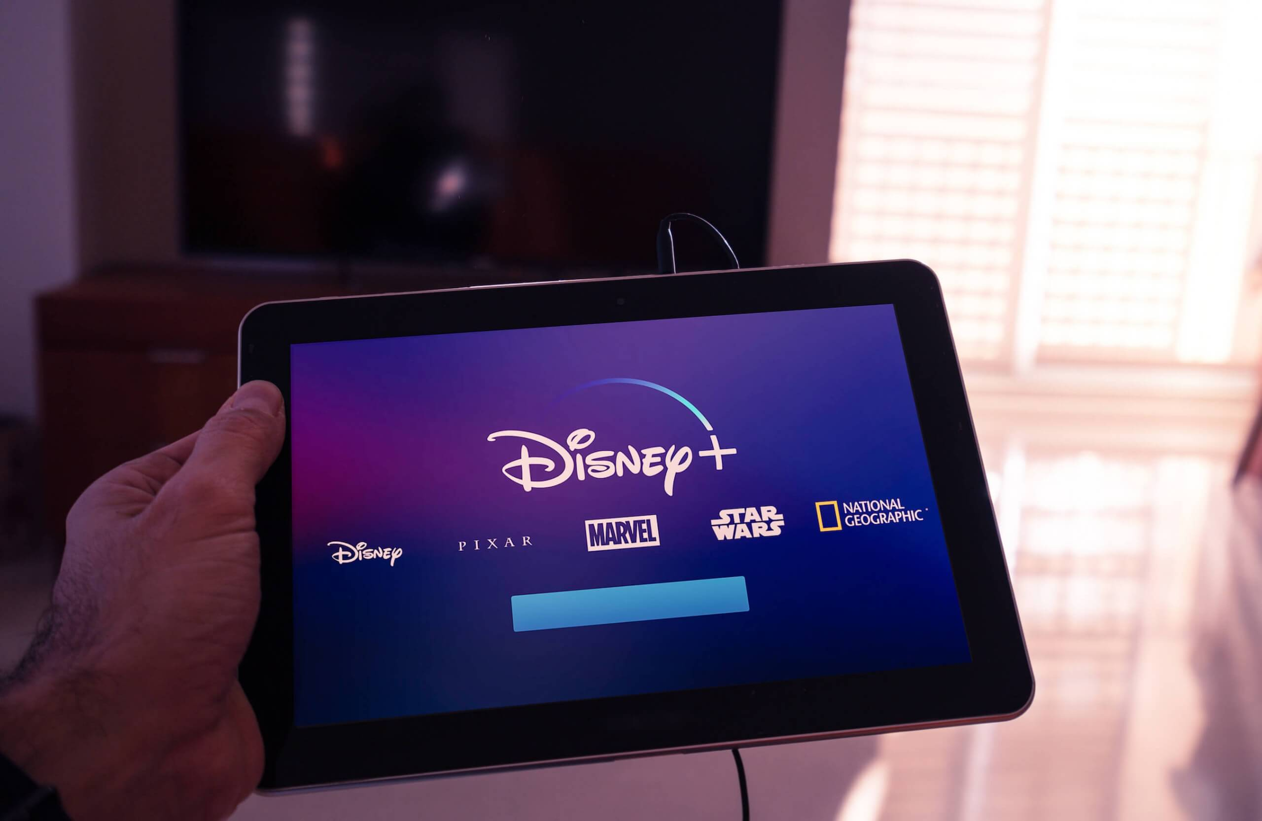Disney reportedly negotiating with AT&T to buy its Hulu shares