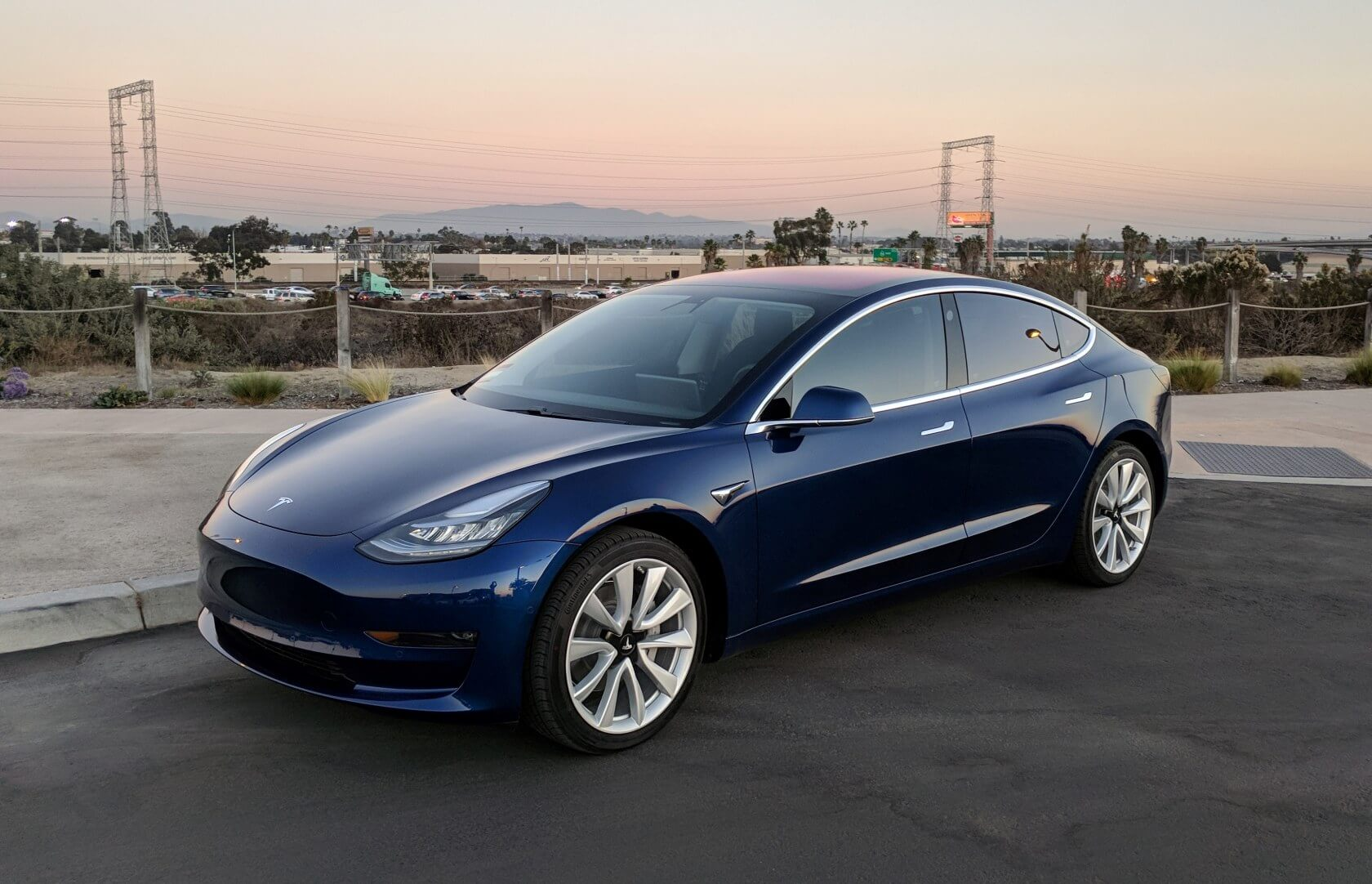 Tesla has been planning to launch a $35,000 version of their mid-range Model 3 sedan for years now, but it has always been unable to deliver on its promises ...